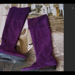 Purple Chinese laundry size 6 suede leather boots